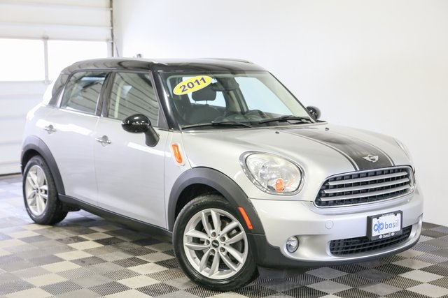 Pre-Owned 2011 MINI Cooper Countryman Base