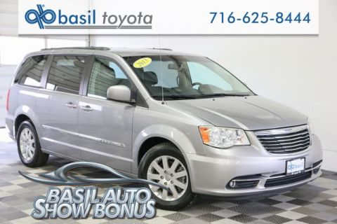 Pre-Owned 2013 Chrysler Town & Country Touring